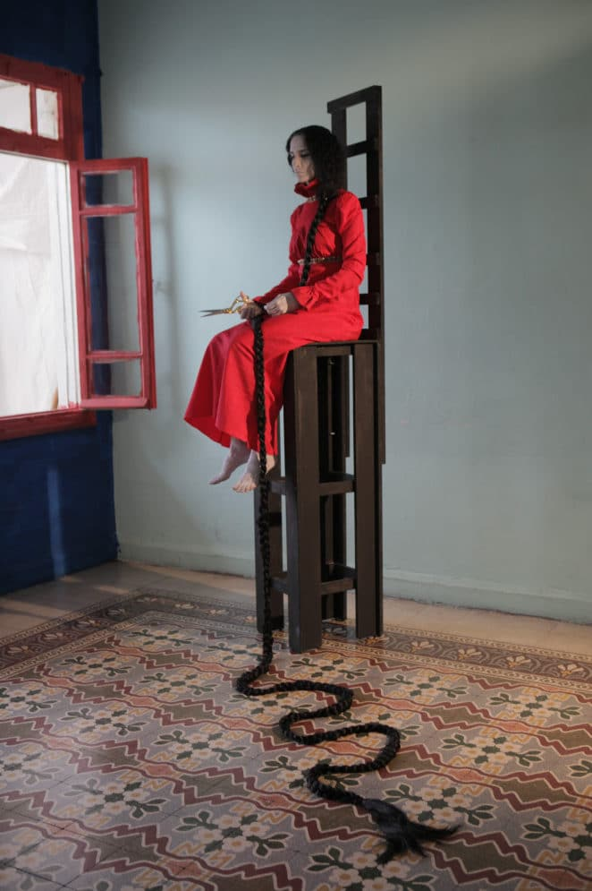 Raida Adon, Body Recalled (Detail), 2010. Video, 30 min. © The artist